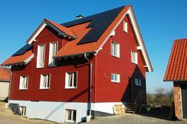 Keilstülpschalung (Nordische Fichte, strukturrau, skandinavischrot