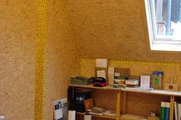 Verkleidung von Dachschrägen mit OSB-Platten